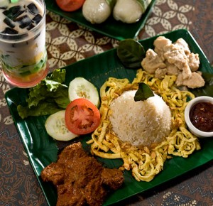 Julia\'s Indonesian Kitchen: Rendang and opor ayam