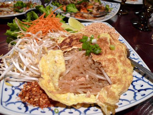 noodle_boat_phad_thai