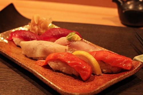 tamura_sushi_500