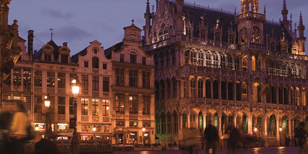 grand_place_amigo_600