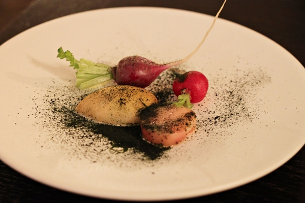 chateaubriand_radishes_600_7886