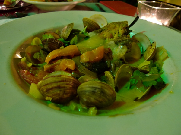 red_light_clams_600_410
