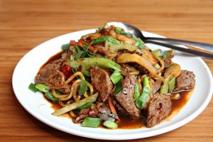 lucky_noodles_640_9489