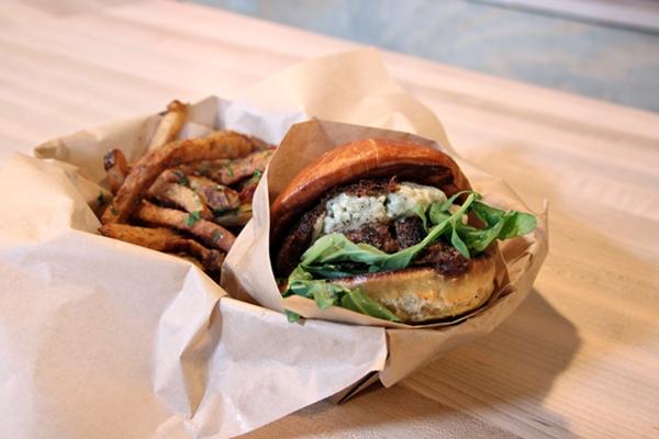 skillet-6-burger-600-8749