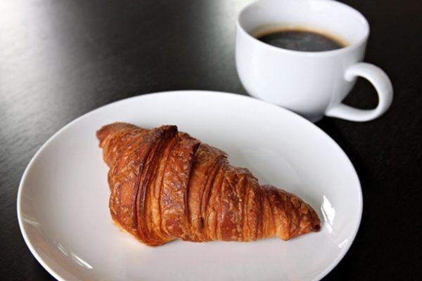 20120929-224446-bakerynouveau-croissant