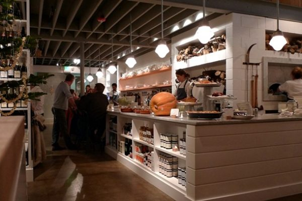 20121202-232232-thewhalewins-interior