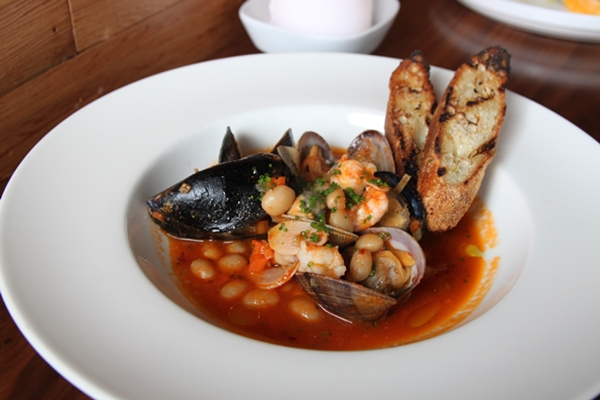 anchovies-cioppino-600-c4998