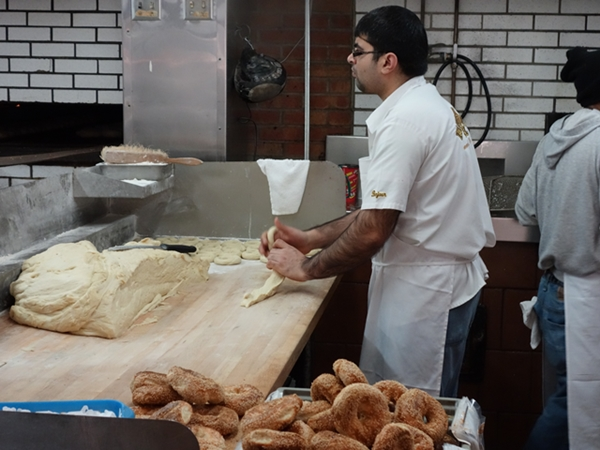 bagel-fairmount-making-600-0493