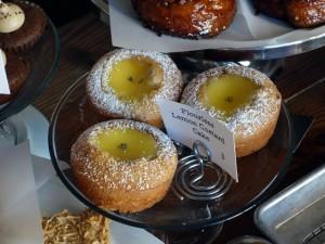 sycamorekitchen-lemoncake-640-1420