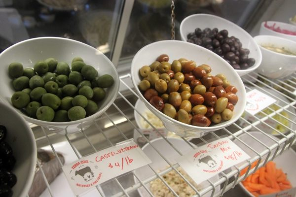 Terra Cole olives