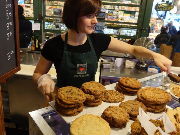DeLaurenti cookies