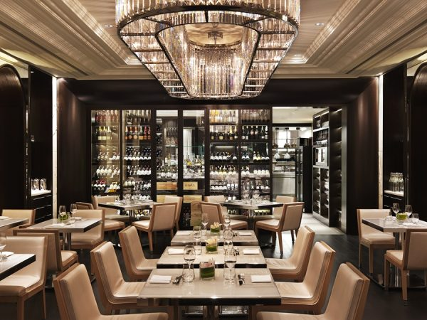 Hawksworth interior (photo courtesy of Hawksworth Restaurant)