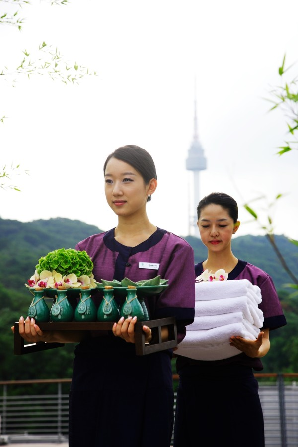 Banyan Tree Spa workers