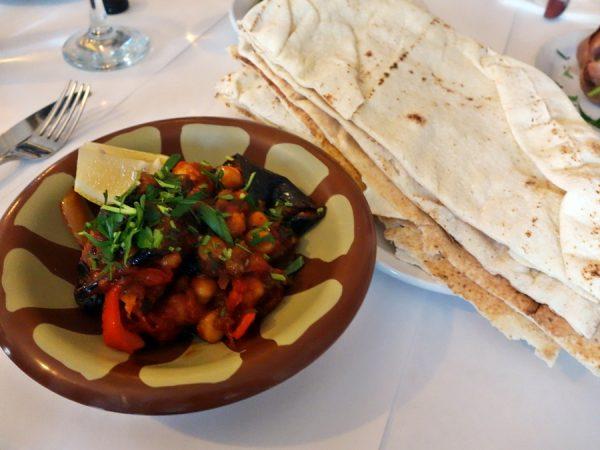Cafe Munir pita