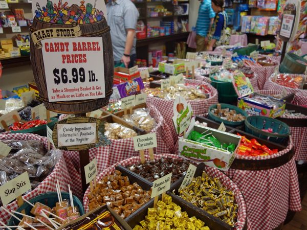 Mast store candy