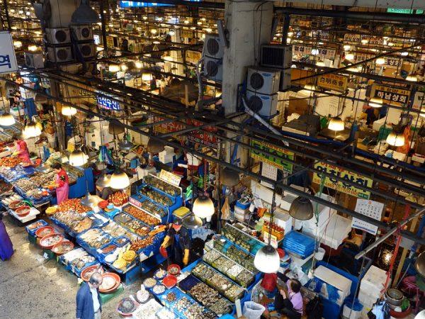 Noryangjin fish market view