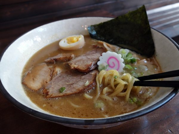 Taishoken's tonkotsu shoyu ramen (with half of an extra-cost egg added)