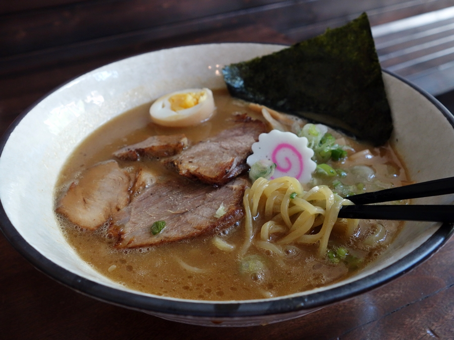 Trio of New Tonkotsu Ramen Shops, Seattle to Vancouver, with a ...