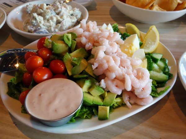 Oregon Bay shrimp louie