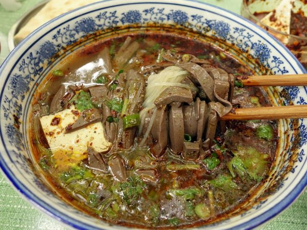 Goat blood with silk noodles soup (the noodles are apparently made from bean powder)