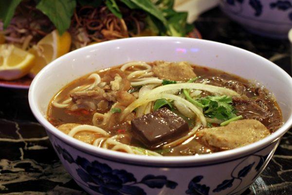 Hoang Lan's bun bo hue
