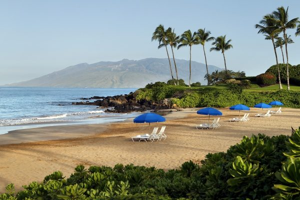 Fairmont beach chairs at Polo Beach (photo courtesy of the Fairmont Kea Lani)