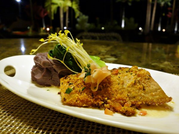 For the Makai Catch, I chose the macadamia nut crust preparation with tomato-ginger butter and mashed Molokai sweet potatoes