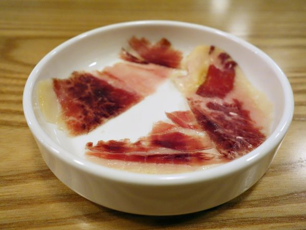 To start: a few slices (different cuts) of Jamón ibérico as an amuse bouche.