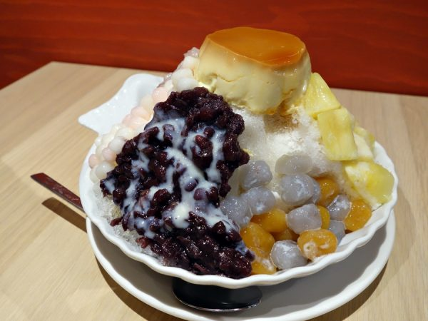 Shaved ice at MonGa Cafe