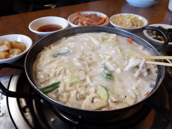 Sa gol kalgaksu at Wonjo BBQ & Noodle Restaurant