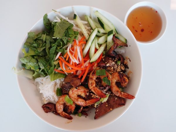 Rice vermicelli bowl at Dong Thap