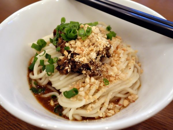 Hotel breakfast includes, of course, noodles (dan dan mian)